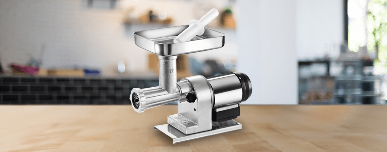A guide to help you get the best meat grinder machine for your commercial kitchen