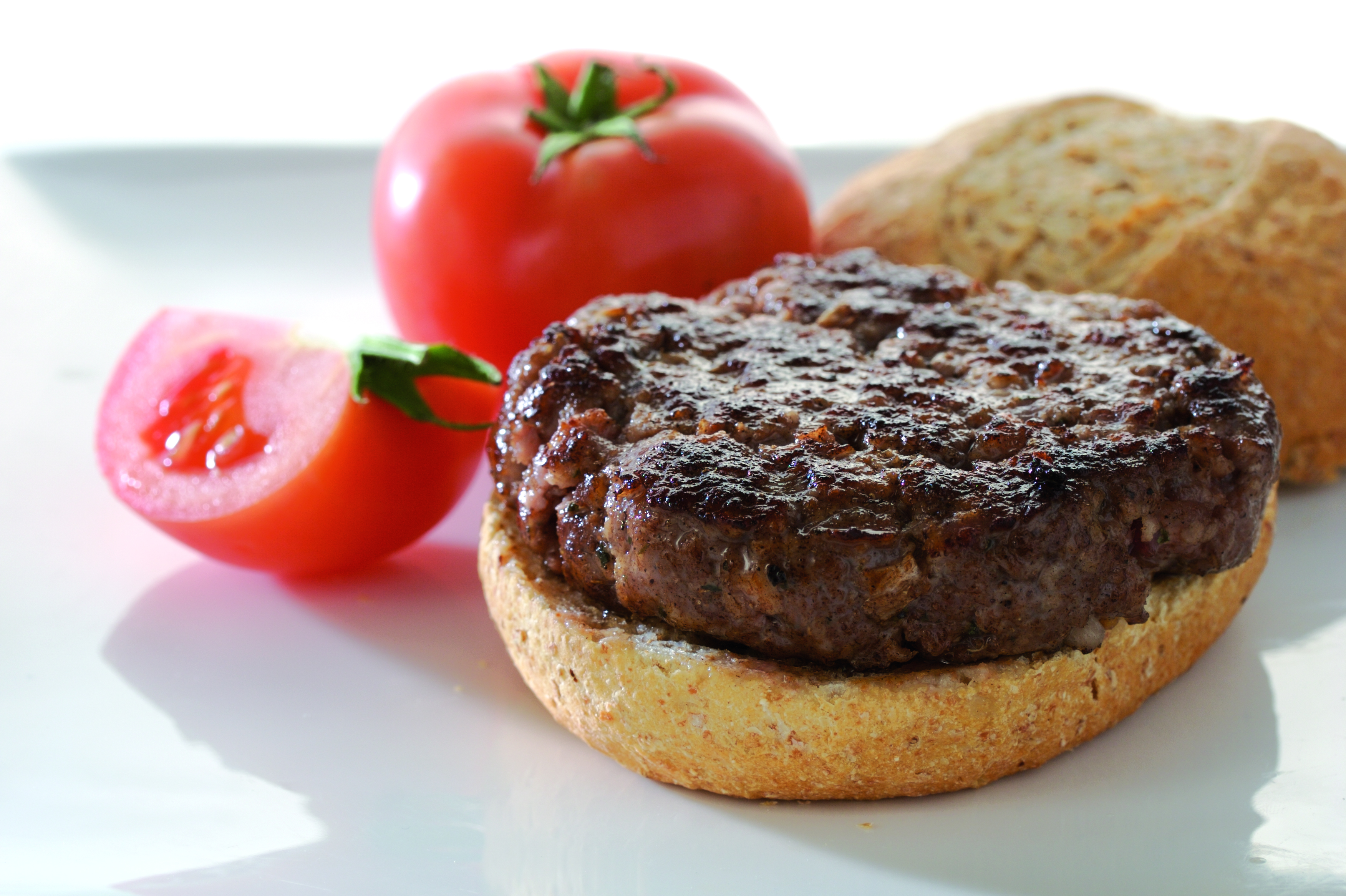 GOURMET MOZZARELLA AND BACON BURGERS